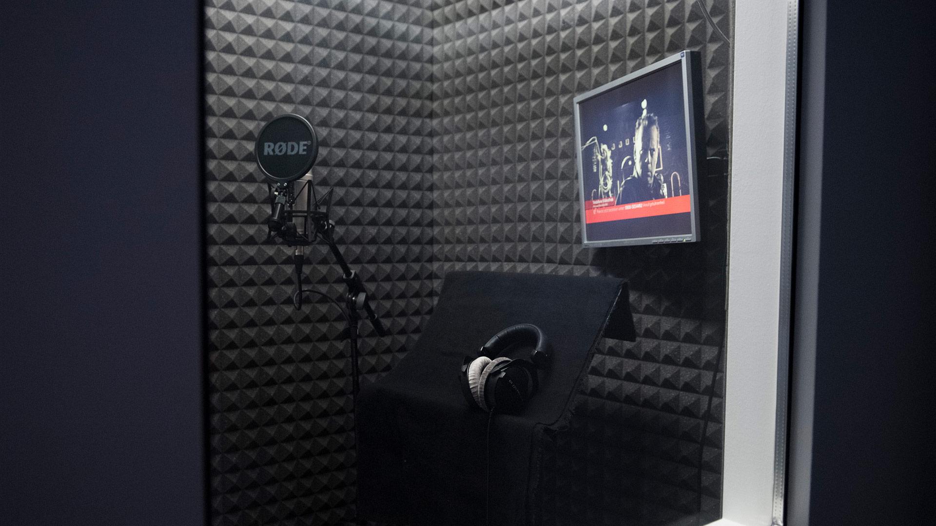 speaker booth seaside